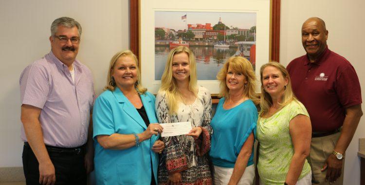Lindsay Jones Scholarship Winner